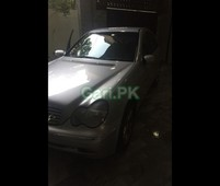 mercedes benz c class c200 2001 for sale in islamabad