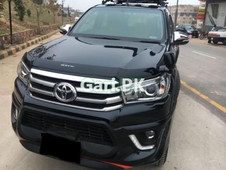 toyota hilux 4x2 dc lan 05 2011 for sale in sialkot