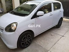 daihatsu mira 2012 for sale in lahore