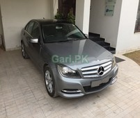 mercedes benz c class c180 2013 for sale in lahore