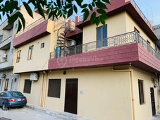 5 marla double story facing park corner house avialable for sell
